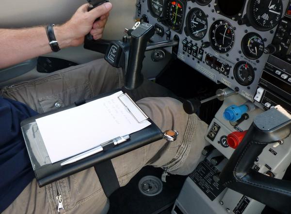 Pilot's KNEEBOARD